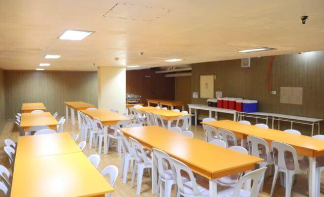 ウーマンキャンパス 食堂